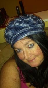 crochet womens hat, womens hat, crochet, beret, blue, fabric, free pattern, crochet pattern