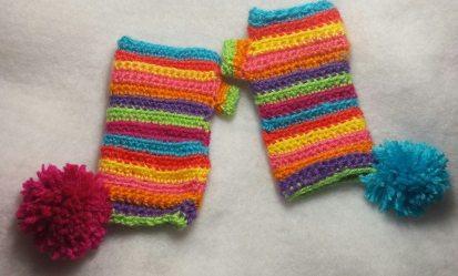 funky wristers, wristers, crochet warm, crochet wrist warmers, crochet wristers