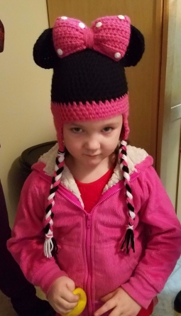 Minnie Mouse hat, minnie mouse crochet, minnie, mouse, disney crochet hat, hat, crochet