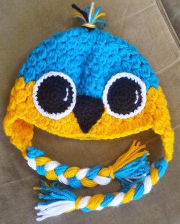 blue chicken hat